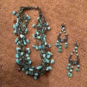 Turquoise beaded necklace with matching earnings